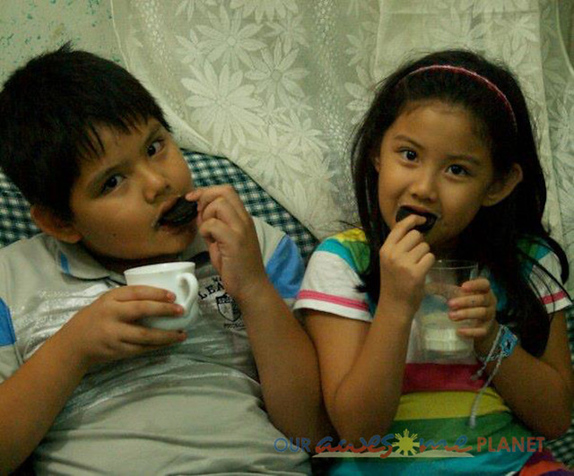 Carlos and Sophia Uy Oreo 6.jpg