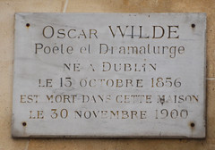 Photo of Oscar Wilde marble plaque