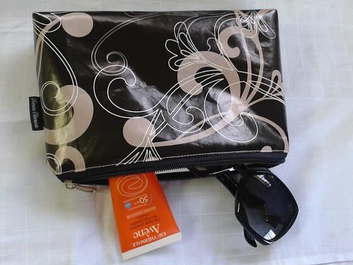 Necessaire em pvc interior e exterior para a Xana by ♥Linhas Arrojadas Atelier de costura♥Sonyaxana