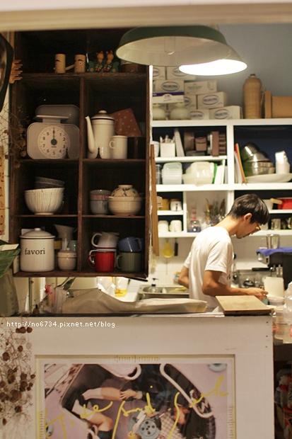 20120809_TaiChungAlone_0350 f