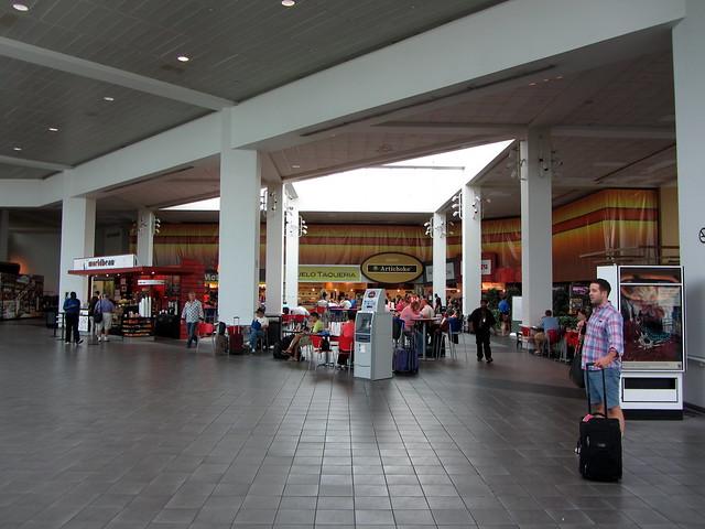 Lga Food Court Terminal C