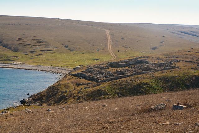 A Crimean bay behind