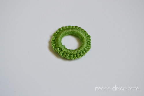 Crocheted Necklace Tutorial Step 1