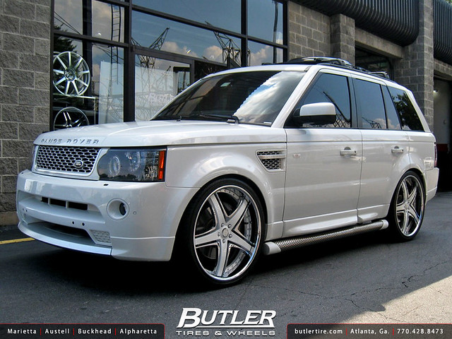 Range Rover Sport with 24in Savini SV8 Wheels