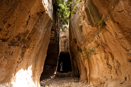 Tunel de Tito y Vespasiano