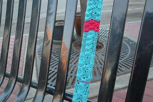 yarn bomb - bench slat