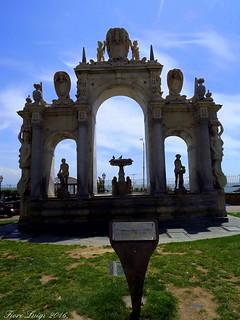 Fontana del Gigante dell'Immacolatella