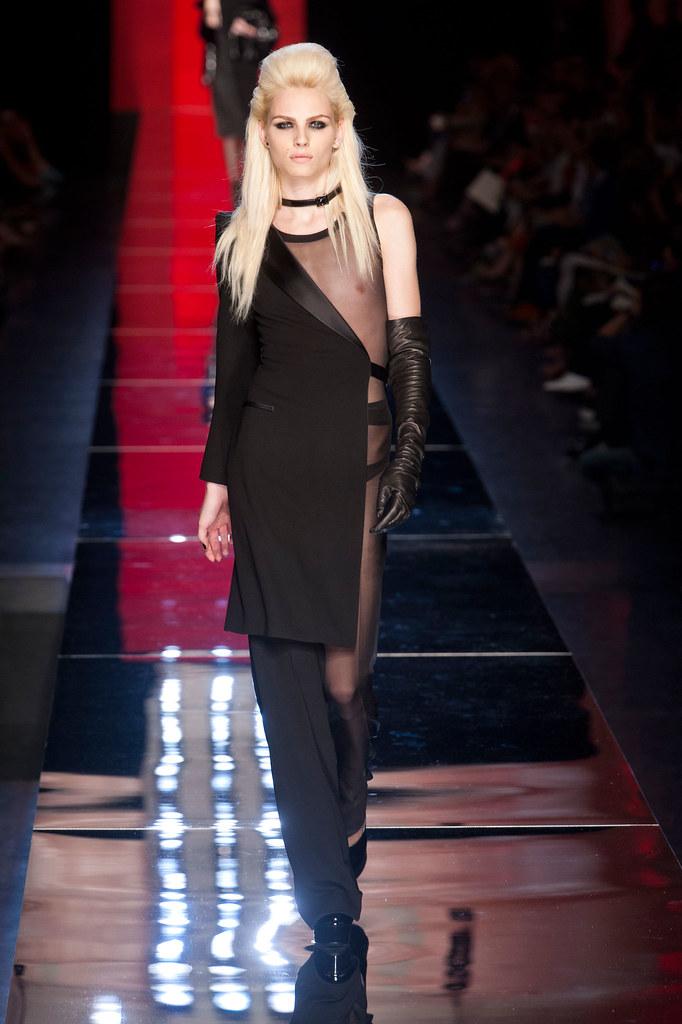 Andrej Pejic3310_FW12 Paris Jean Paul Gaultier Haute Couture(fashionising.com)