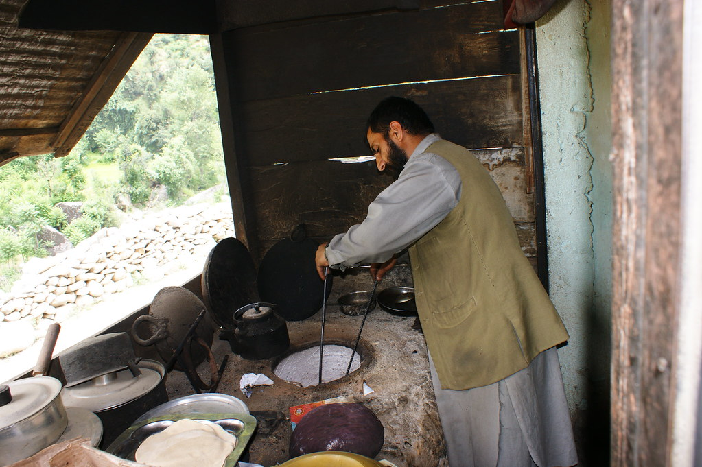 """MJC Summer 2012 Excursion to Neelum Valley with the great """"LIBRA"""" and Co - 7583979168 21a34c21bc b"""