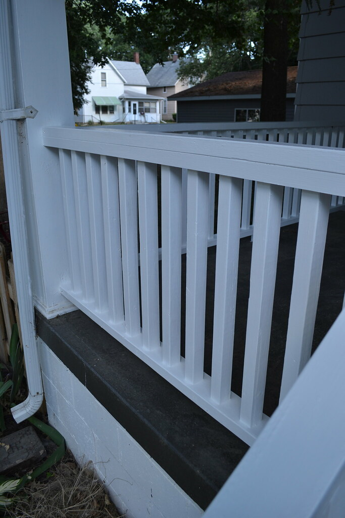 Pretty Painted Porch Railings Newlywoodwards