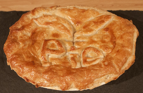 Traditional Steak & Ale Pie - The pie crust part 2