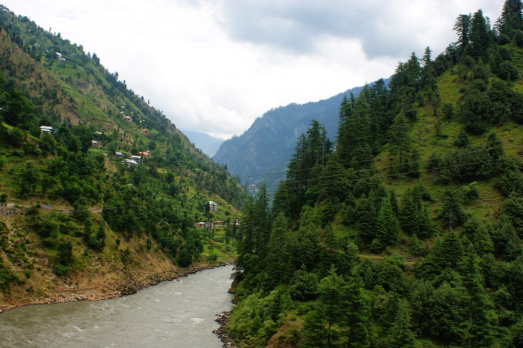 """MJC Summer 2012 Excursion to Neelum Valley with the great """"LIBRA"""" and Co - 7641986584 8a8678309f b"""