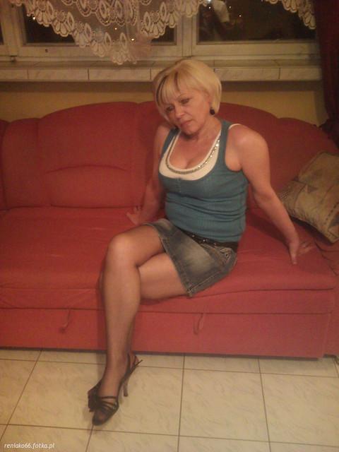 Зрелые и мамки голые на фото  619553