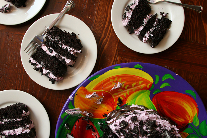 blackberry oreo cake 11
