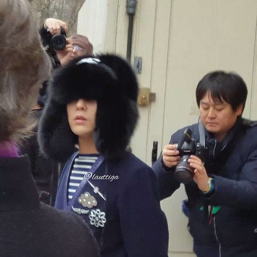 G-Dragon Chanel Haute Coutoure at Grand Palais Paris 2016-01-26 lauttiga (1)