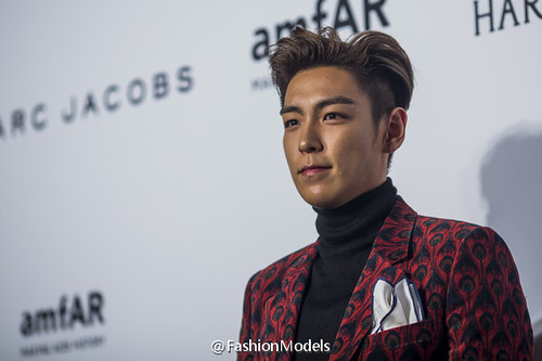 TOP - amfAR Charity Event - Red Carpet - 14mar2015 - FashionModels - 01