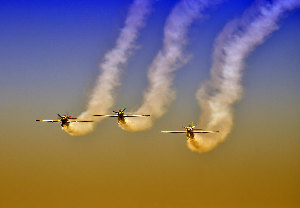 AeroNautic Show Surduc 2012 - Poze 7502230772_abff3d9d5f_b