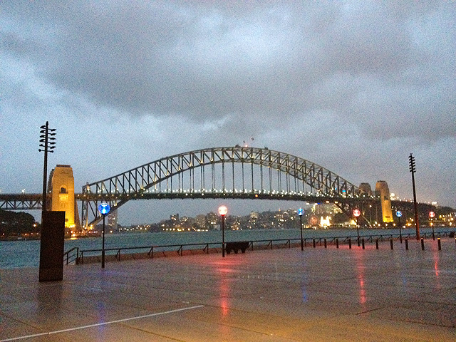 A woefully rainy afternoon, Sydney harbour bridge