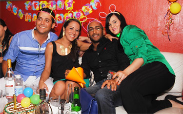Bday Titi Mix & Luis Duran @ Primos Cafe Lounge