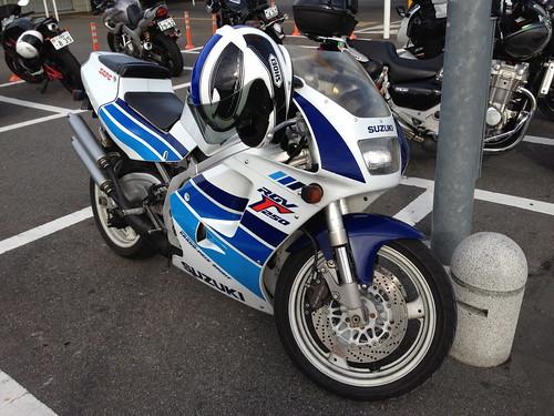 SUZUKI RGV Γ 250
