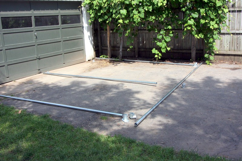 Building A Backyard Grape Vine Trellis With Pipe And Wire