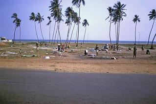 Sunday Dhobi party on the beach - Lomé