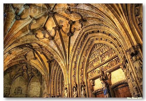 Pórtico da catedral de Vitória by VRfoto