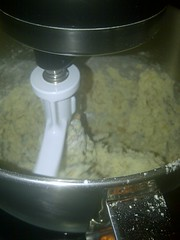 makin cracker dough