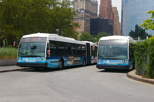 12-174 A pair of New York 'bendy buses' at South Ferry Station