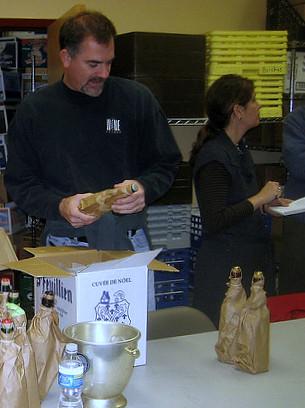 Tim Hillman organizes 2008 Christmas beer tasting