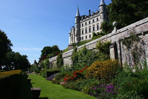 Walls at Dunrobin Castle