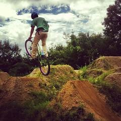 キャニオンも飛んだ!#trails #bmx #mtb