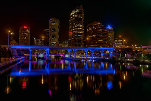 reflection skyline tampa effects florida beercan nik hdr topaz hillsboroughriver lightsontampa sykesbuilding plattstreetbridge agualuces oloneo rivergatebuilding