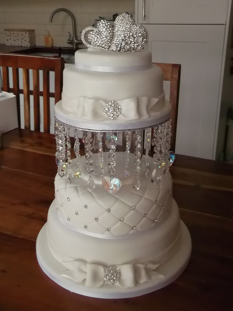 wedding cakes with crystals wedding cake flickr photo 26009