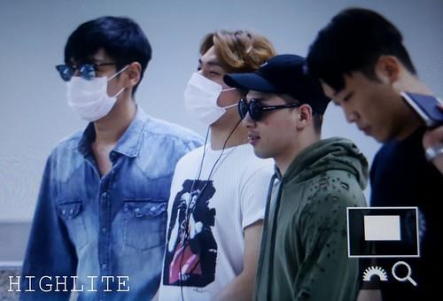 BIGBANG wout Seungri departure Seoul to Tokyo 2016-08-26 (6)