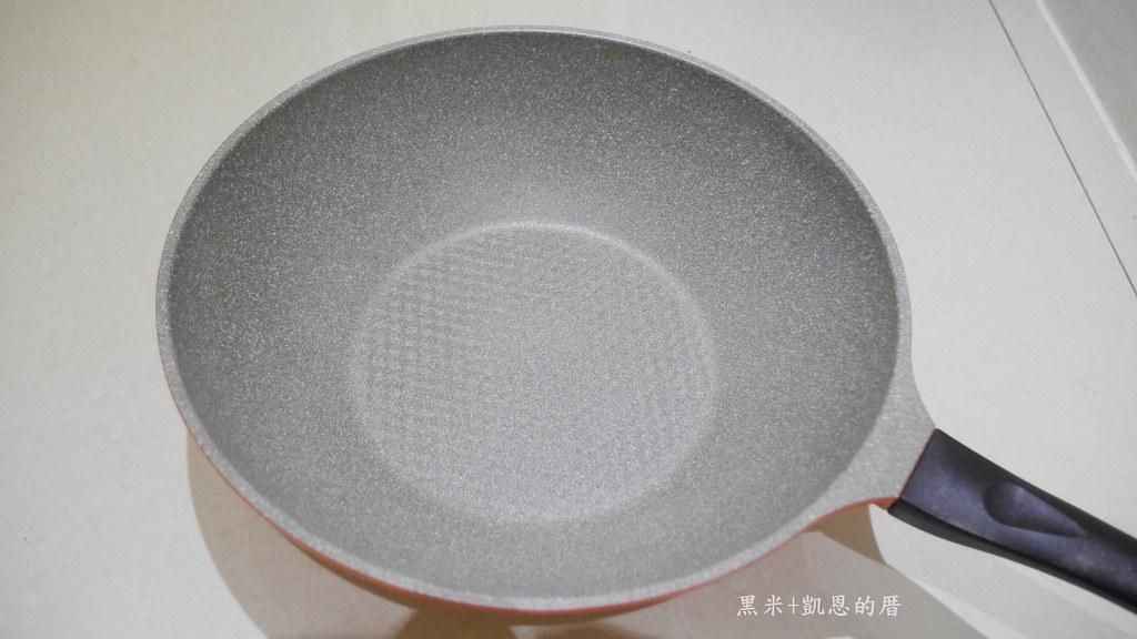 P2820903