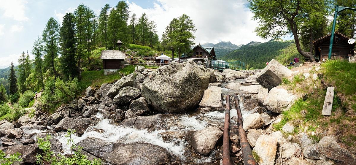 Pinzolo, Trentino, Trentino-Alto Adige, Italy, 0.004 sec (1/250), f/8.0, 2016:06:29 09:42:55+00:00, 10 mm, 10.0-20.0 mm f/4.0-5.6