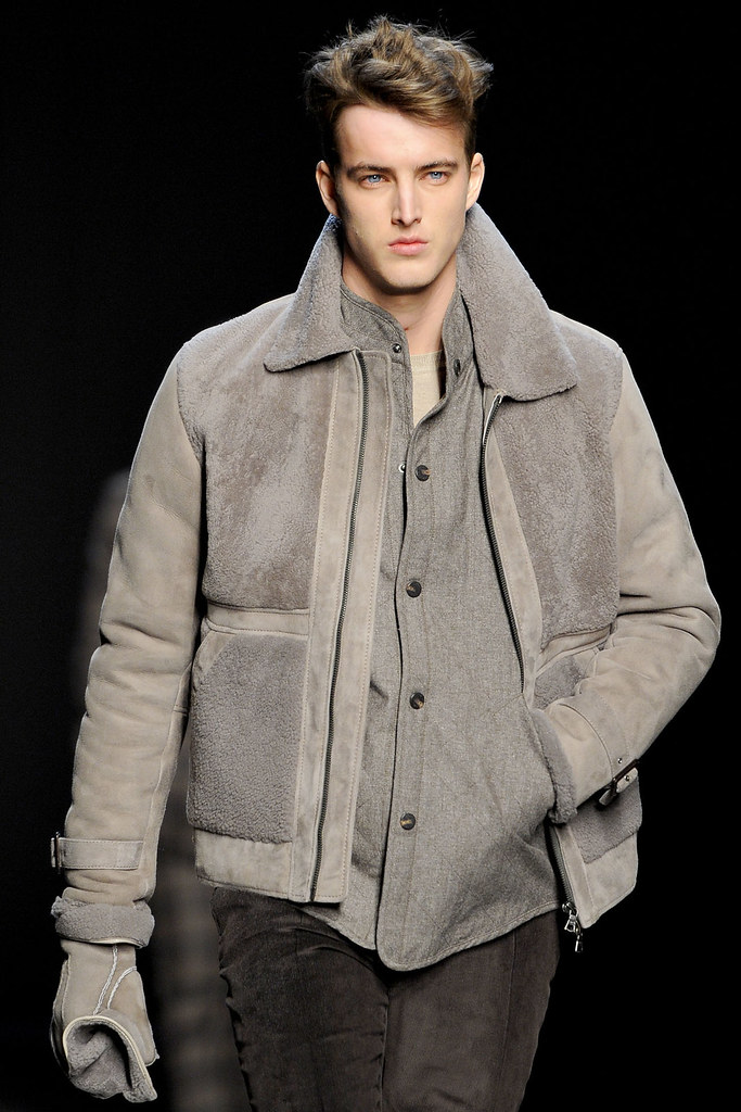 James Smith3617_FW12 NY Joseph Abboud(VOGUE)