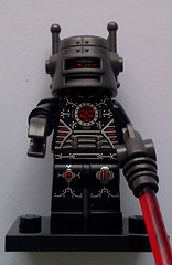 Series 8 Collectible Mini Figs - Evil Robot