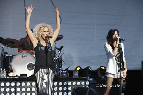Little Big Town - 07-20-12 - Changed Tour 2012, DTE Energy Music Theatre, Clarkston, MI
