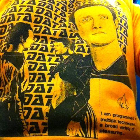 Data shirt