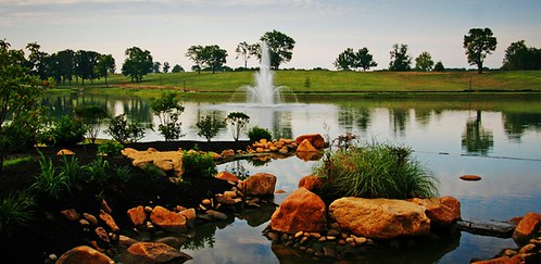 Equestrian Lakes pond and fountain in Shelby County KY