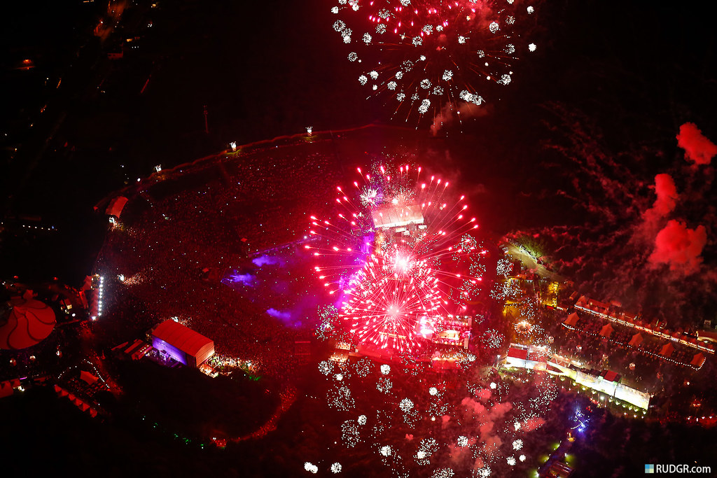 Tomorrowland 2012 Fireworks from Above!