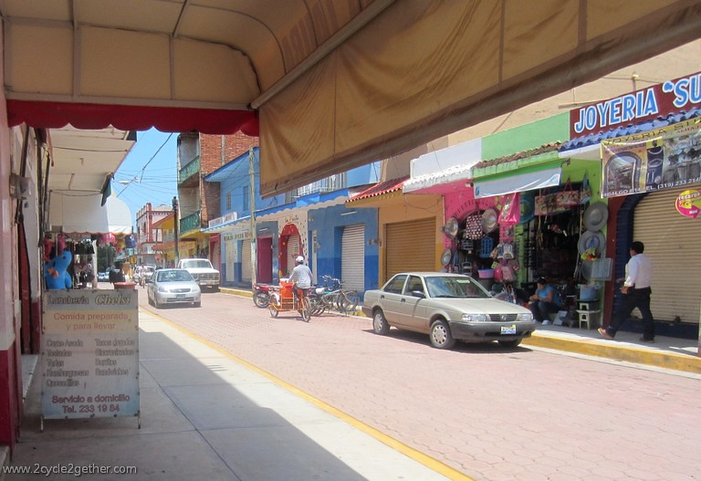 Streets of Ruiz, Nayarit