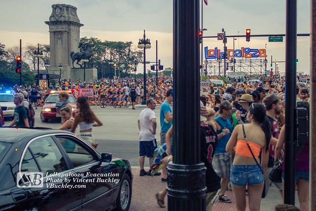 Lollapalooza Evacuation (wide)