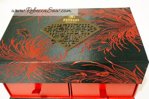 Hilton Toh Yuen & Mooncakes-040