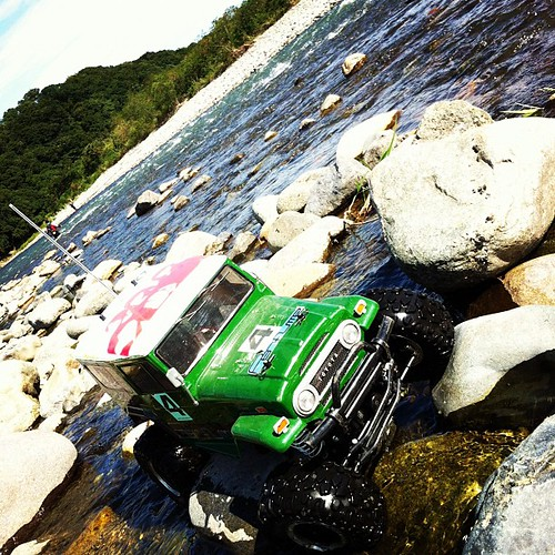 夏恒例、河原ロッククローリング!