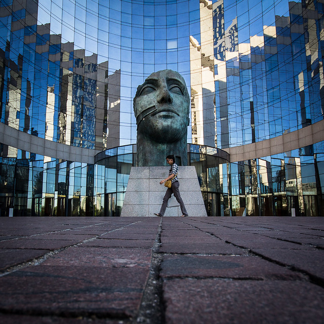 Tête Monumentale (Igor Mitoraj)