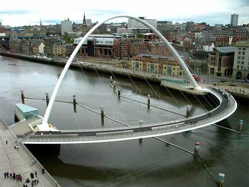 Gateshead Millenium Bridge (Gateshead, England)bridges (3)