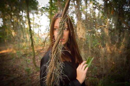 canon7d portrait cloudyshoes royalgr☮up flickrunitedaward aporia mep mysteryeyes damienjurado überportraits artisawoman